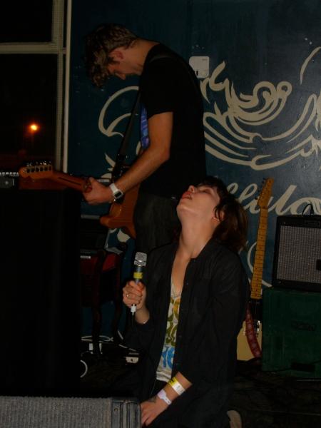 CHEW LiPS, Buffalo Bar Cardiff, Nov 08 by musicmule.co.uk
